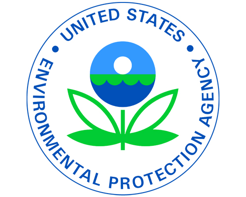 EPA maintains renewable fuel standard, draws scorn from farmers and refiners