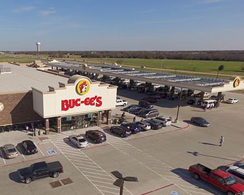 The exterior of a Buc-ee's convenience store