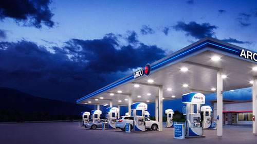 An ARCO gas station