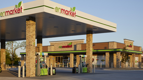 Forecourt of Enmarket's first store in Jesup, Ga.