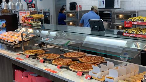 Pizza at RaceTrac's Davenport Travel Center