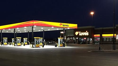 Love's opened its 10th travel stop in Kentucky, this time in Elizabethtown.