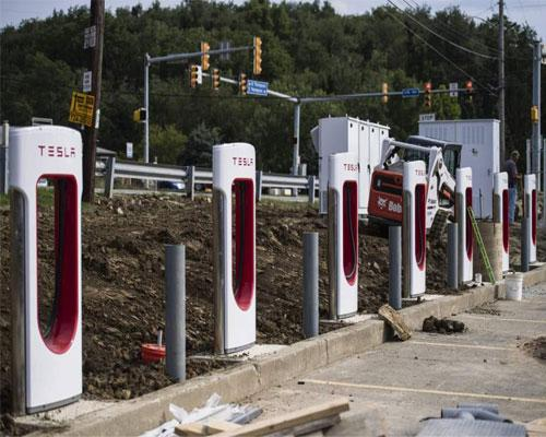 Tesla chargers at Sheetz