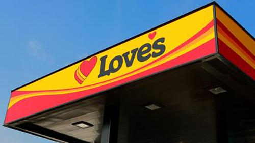 A Love's travel stop canopy