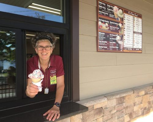 Stewart's Shops new store in Schroon Lake, N. Y., features a walk-up ice cream window.