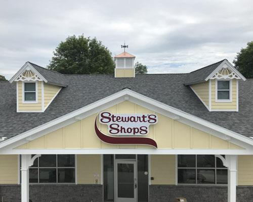 Stewart's Shops cut the ribbon on a new store in Brunswick, N.Y.