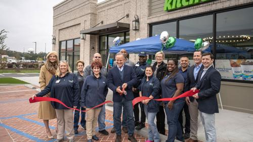 Parker's founder and CEO Greg Parker, center, recently cut the ribbon at a Parker's Kitchen in Savannah, Ga.