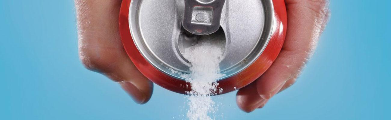 soda can pouring sugar