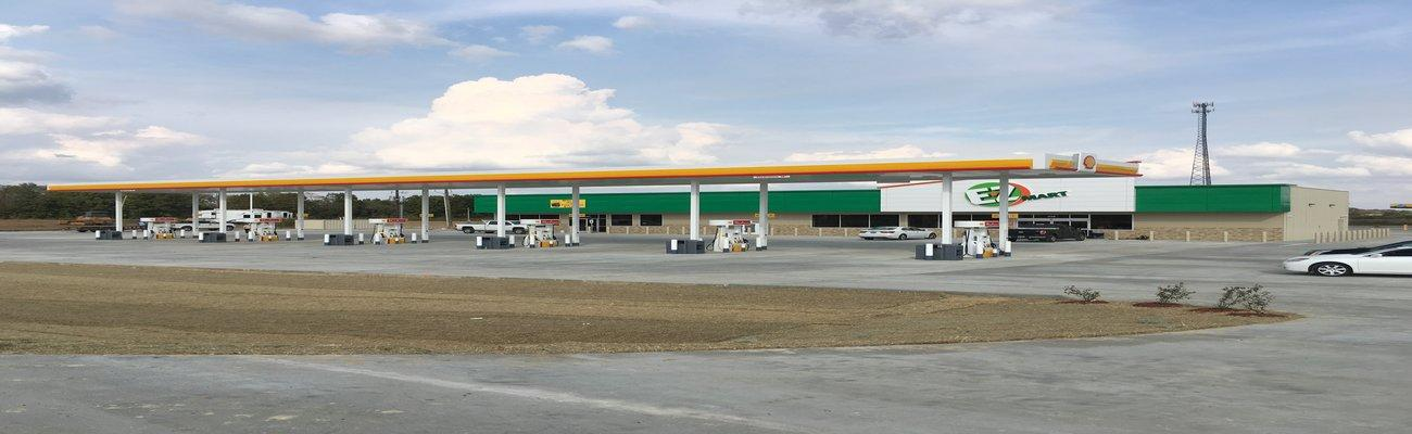 E-Z Mart fuel court and c-store