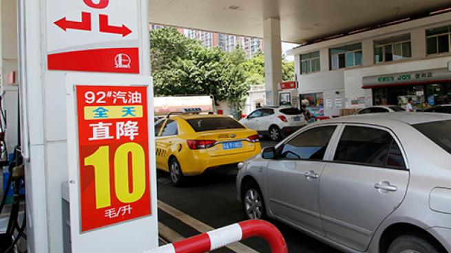"A ""smart"" gas station in Hangzhou, China"