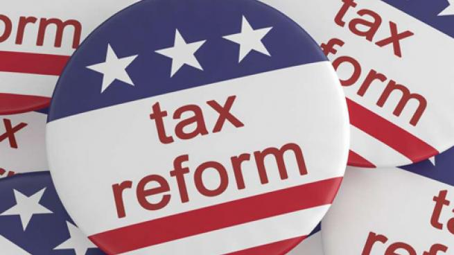 Campaign buttons touting tax reform