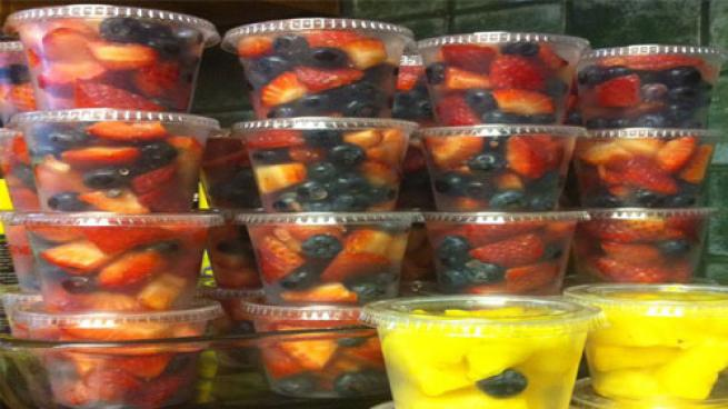 individual fruit cups