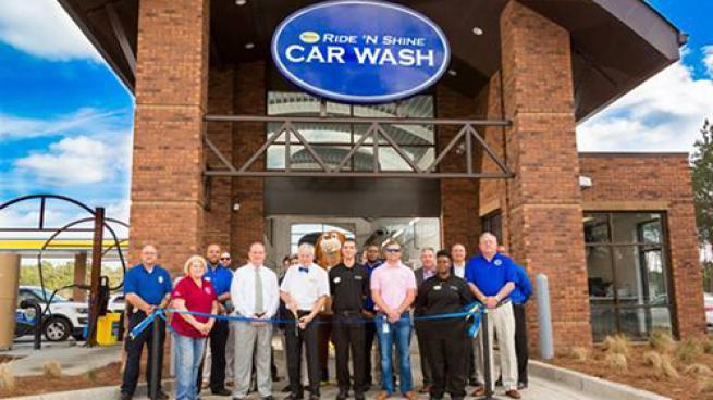 Spinx's Ride 'N' Shine tunnel car wash ribbon-cutting ceremony