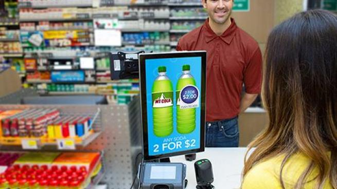 c-store checkout cashier