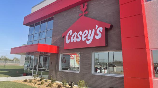 Casey's Celebrates Grand Opening of New Distribution Center
