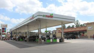enmarket exterior and fuel court